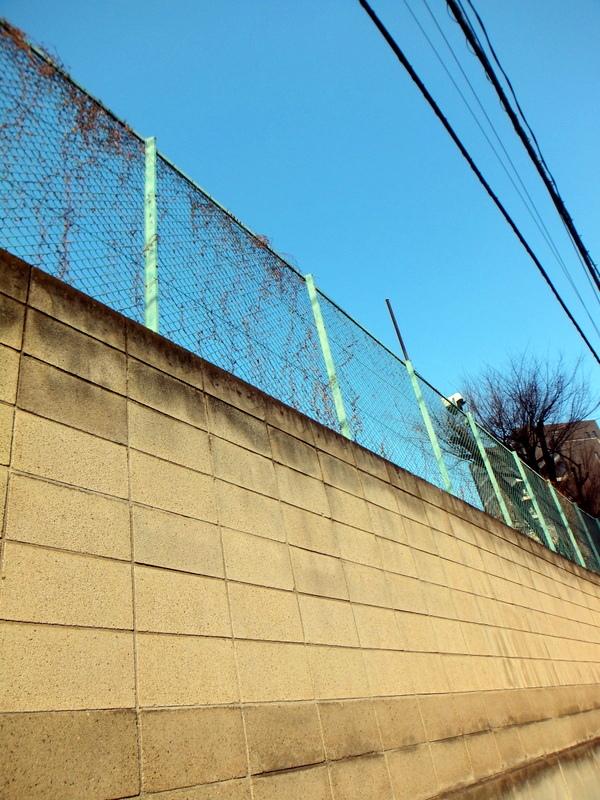 3一番町 壁と空